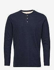 Jack & Jones - JJEJEANS HENLEY L/S NOOS - basic t-shirts - navy blazer - 0