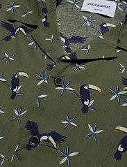 Jack & Jones - JORLUCAS AOP SHIRT SS SH - kortärmade skjortor - dusty olive - 3