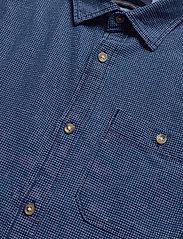 Jack & Jones - JPRBLUEASTON SHIRT L/S ONE POCKET - casual skjortor - denim blue - 4