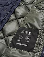 Jack & Jones - JJMALBERT QUILT JACKET - quiltede - navy blazer - 4