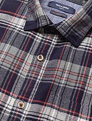Jack & Jones - JPRBLUJAMIE SHIRT L/S ONE POCKET - rutiga skjortor - navy blazer - 3