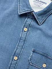 Jack & Jones - JORNICKI SHIRT LS - basic skjortor - light blue denim - 3