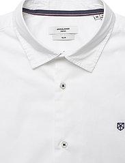 Jack & Jones - JPRBLAWORLD LOGO SHIRT S/S STRETCH EXP - kortärmade skjortor - white - 2