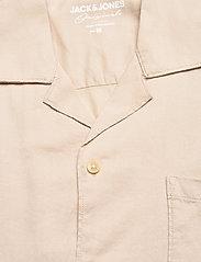 Jack & Jones - JORALEC SHIRT SS BLK - basic skjortor - crockery - 2