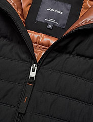 Jack & Jones - JJBASE LIGHT HOOD JACKET - fôrede jakker - black - 3