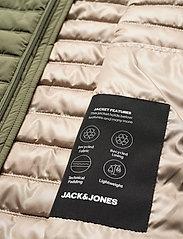 Jack & Jones - JJBASE LIGHT HOOD JACKET - forede jakker - dusty olive - 3