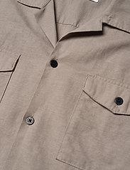 Jack & Jones - JPRBLASUMMER POCKET RESORT SHIRT S/S - basic skjortor - elephant skin - 3