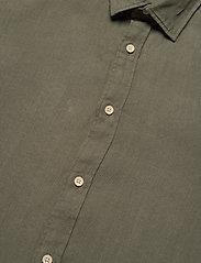 Jack & Jones - JPRBLUPLAIN LINEN SHIRT L/S - basic skjortor - beetle - 3