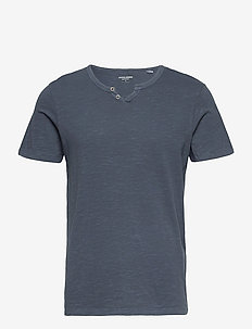 JJESPLIT NECK TEE SS - kortärmade t-shirts - navy blazer