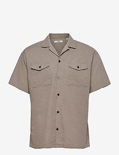 JPRBLASUMMER POCKET RESORT SHIRT S/S - basic skjortor - elephant skin