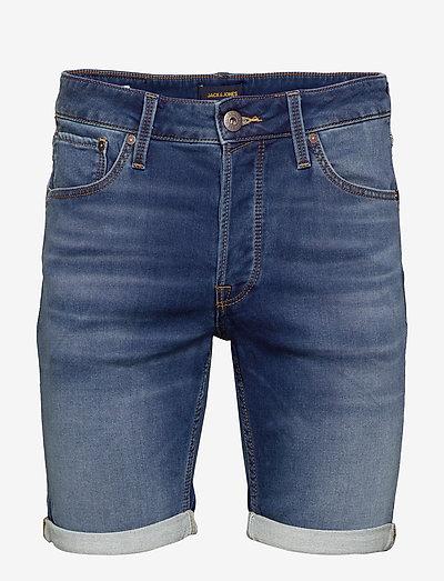 JJIRICK JJICON SHORTS GE 006 I.K STS - denim shorts - blue denim