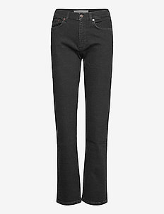 AW003 - straight jeans - black 2 weeks