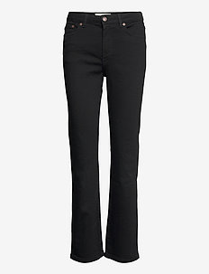 MW006 - boot cut jeans - rinse stay black