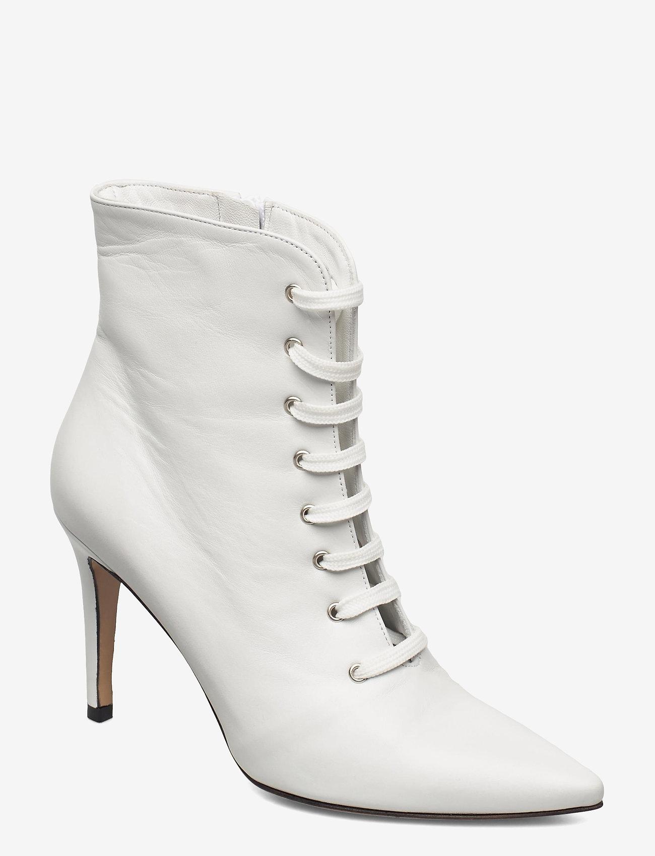 Jennie-Ellen - Pearl - enkellaarsjes met hak - white leather - 0