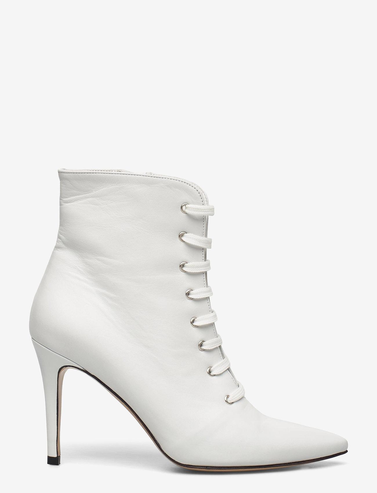 Jennie-Ellen - Pearl - enkellaarsjes met hak - white leather - 1