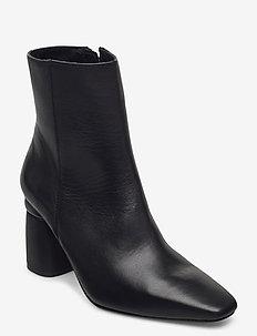 Lucky - ankelboots med klack - black leather