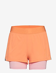 Johaug - Discipline Shorts - training shorts - coral - 0