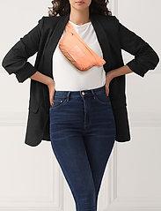 Johaug - Bounce Bum Bag - belt bags - apcot - 1