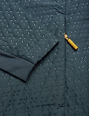 Johaug - Avail Jacket - friluftsjackor - mnavy - 5