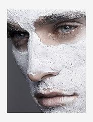 Jorgobé - Refreshing Scrub Mask - kasvonaamiot - white with black beads - 2