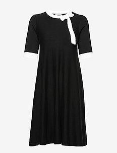 Athena - do kolan & midi sukienki - black