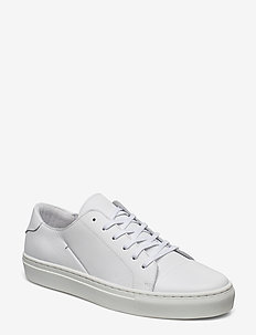 Low cut trainers - matalavartiset tennarit - white