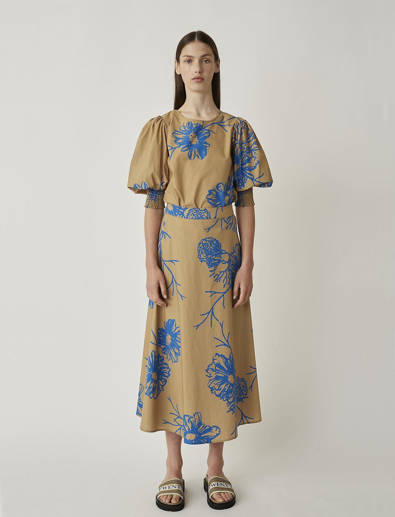 Just Female - Marty blouse - bluzki dlugim rekawem - flora grande aop