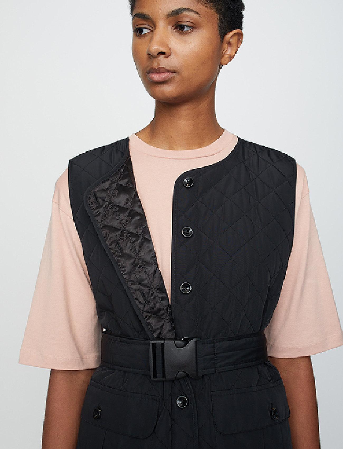 Just Female - Hisar vest - puffer vests - black - 4