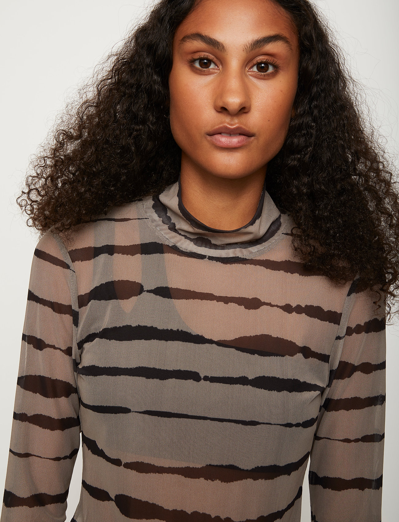 Just Female - Houston turtleneck - long-sleeved tops - uneaven lines aop - 0