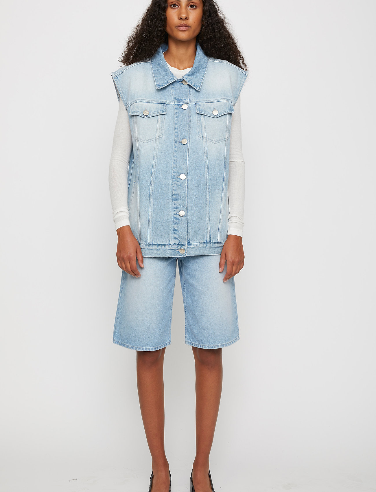Just Female - Cloud vest 0101 - knitted vests - light waterblue - 0