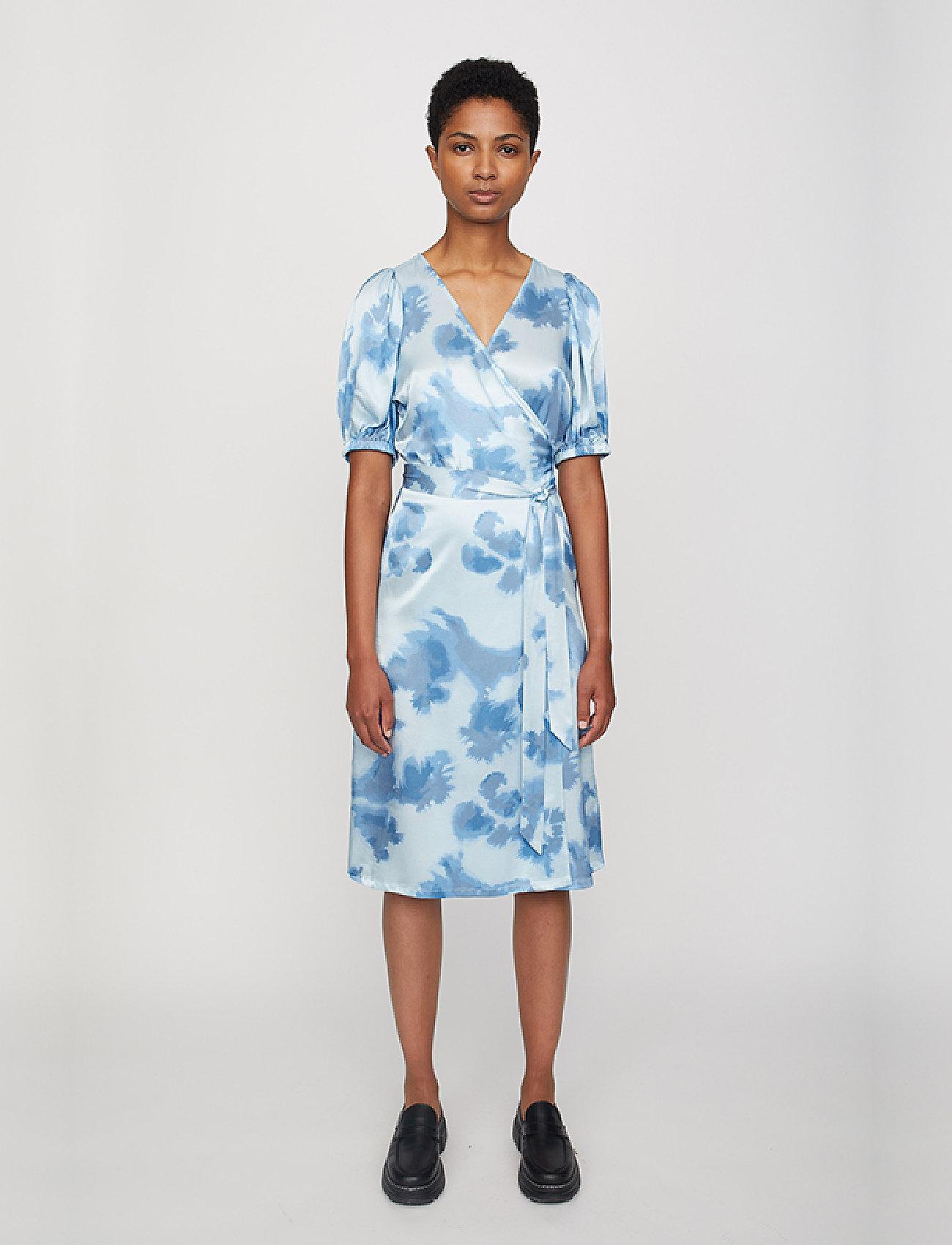 Just Female - Laguni wrap dress - summer dresses - silver lake blue - 0