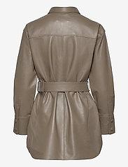 Just Female - Paso belted shirt - långärmade skjortor - grey - 1