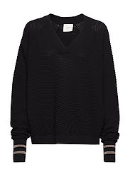 Remark v neck knit - BLACK