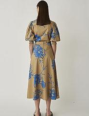 Just Female - Marty blouse - bluzki dlugim rekawem - flora grande aop - 3