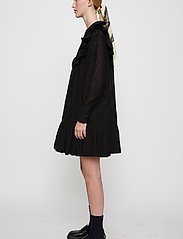Just Female - Lyon dress - spetsklänningar - black - 6