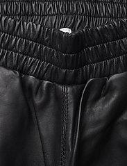 Just Female - Paso leather bermuda - leather shorts - black - 7