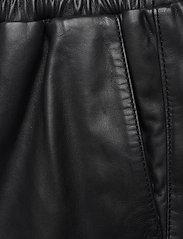 Just Female - Paso leather bermuda - leather shorts - black - 8