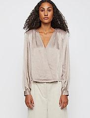 Just Female - Delta blouse - long sleeved blouses - fungi - 0