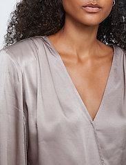 Just Female - Delta blouse - long sleeved blouses - fungi - 3