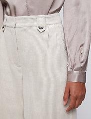 Just Female - Delta blouse - long sleeved blouses - fungi - 5