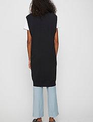 Just Female - Manta knit vest - knitted vests - black - 3