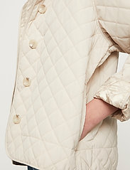 Just Female - Hisar jacket - quilted jackets - pumice stone - 4
