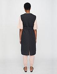 Just Female - Hisar vest - puffer vests - black - 3