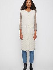 Just Female - Hisar vest - puffer vests - pumice stone - 0