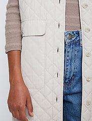 Just Female - Hisar vest - puffer vests - pumice stone - 5