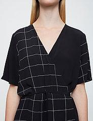 Just Female - Halle maxi wrap dress - everyday dresses - half check aop - 6