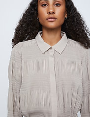 Just Female - Etienne shirt - long-sleeved shirts - cobblestone - 3