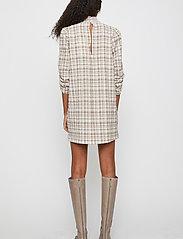 Just Female - Hamilton dress - everyday dresses - hamilton check - 4