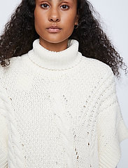 Just Female - Via knit vest - knitted vests - off white - 5