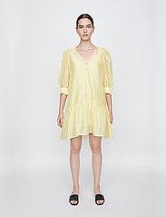 Just Female - Ventura dress - sommerkjoler - lemon grass - 0